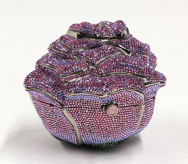 Túi xách nạm kim cương dáng bông hồng