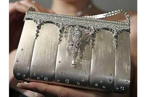 Túi xách nạm kim cương Ginza Tanaka
