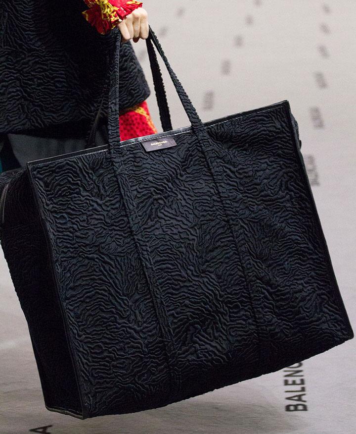 Túi big size đẹp tùng chi tiết